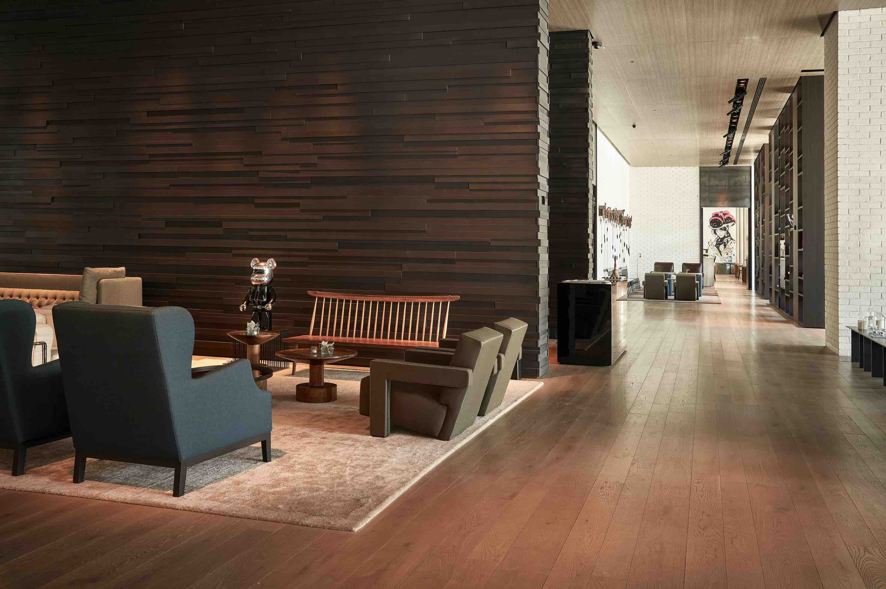 stylische Lobby des Roomer Hotels